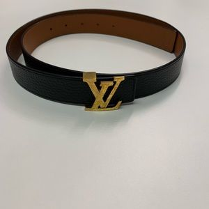Louis Vuitton Accessories - 🚨Reversible Louis Vuitton Belt 34🚨